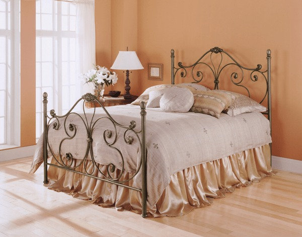 Aynsley Bed