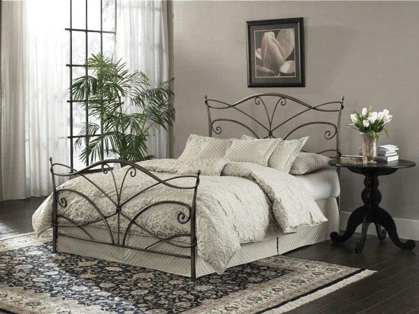 Papillion Bed